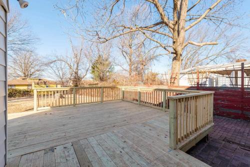 Back Deck - Lowell Drive